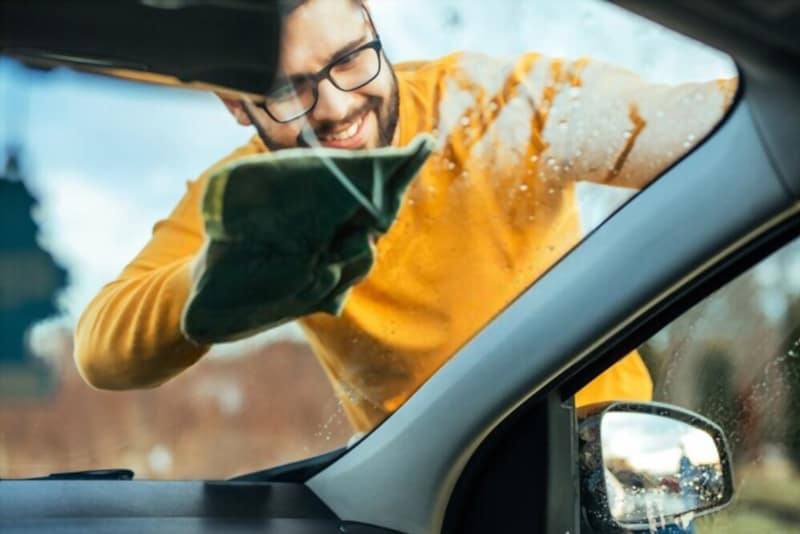 How To Clean Outside Car Windows